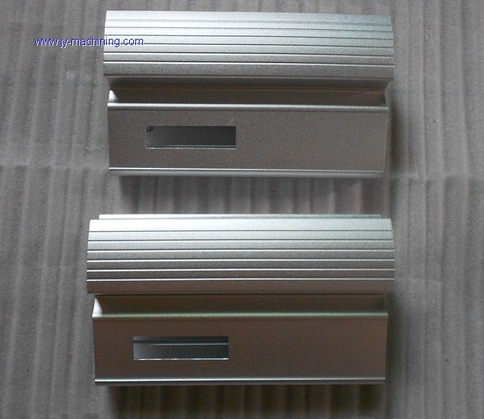 PRECISION MILLING PARTS/CNC MACHINING CENTER PARTS(aluminum extrusion raw material)